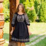 De ce sunt rochiile traditionale atat de populare si de unde a pornit aceasta pasiune?